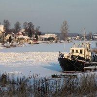 Река зимой :: Денис Матвеев