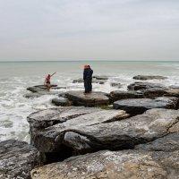 Крещенское купание в Каспии :: Анатолий Чикчирный