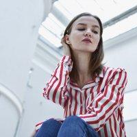 Девочка в полосатой рубашке :: Ксения Михайленко