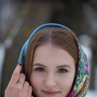 Лера (Синий платок) :: Андрей Сурнин