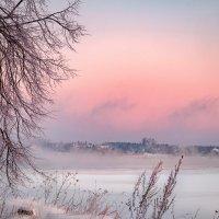 Морозное утро на Волге :: Fuseboy