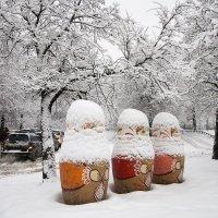 Три девицы в снежных шалях :: Руслан Гончар