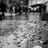 Уличное кафе. :: Александр Гурьянов