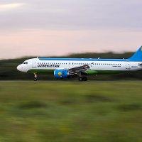 Airbus A320-214 :: Владимир Сырых