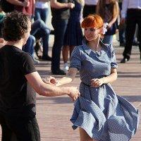 движения танца или остановись мгновение :: Олег Лукьянов