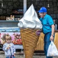 У меня мороженое больше :: Юрий Борзов