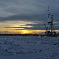 Там, где вмерзшие в лед бригантины зимуют... :: Senior Веселков Петр