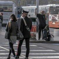 Venezia. Piazzalle Roma, urbano pazzo e di polizia. :: Игорь Олегович Кравченко