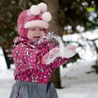 Оооо, снежок) :: Елена Михеева