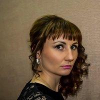 Всегда красивой женщина бывает! Её богатство - сердце и душа.... :: Сергей Михайлович