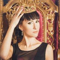 Полюбить так королеву, выиграть так миллион! :: Oksana Likhadziyeuskaya