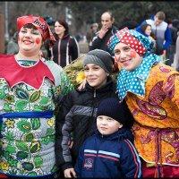 ЗИМА. Веселится весь народ! :: Юрий ГУКОВЪ