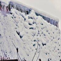 Снег тает, всё в ажуре! :: Татьяна Помогалова