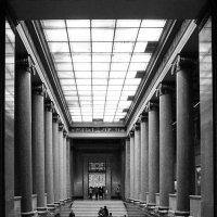 Лестница в мир прекрасного ... :: Лариса Корж