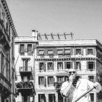Перекур на работе...Венеция! :: Александр Вивчарик