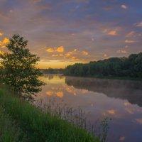На палитре речного восхода. :: Igor Andreev