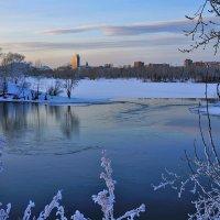 Зимний вечер на берегу :: Екатерина Торганская