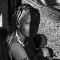 женщина Имба с младеньцом :: Георгий А