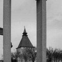 Башня Астраханского кремля :: Валерий Ткаченко