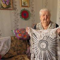 Рукодельница в 88 лет. :: ВАЛЕНТИНА ИВАНОВА
