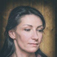 Случайный женский портрет :: Сергей В. Комаров