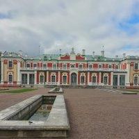 Кадриоргский дворец. Таллин. :: Олег Кузовлев