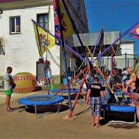 Детские радости... :: Sergey Gordoff