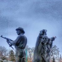 Памятник участникам локальных войн,город Орёл :: Леонид Абросимов