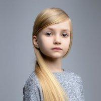 Прекрасная Алиса :: Алексей Леухин