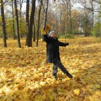 Осенний вальс! :: Aleksandr