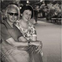 Полковник Васин приехал на фронт,со своей молодой женой... :: Андрей Козлов