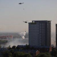 Тушение пожара в центре Ростова н/Д 21.08.2017 :: Леонид