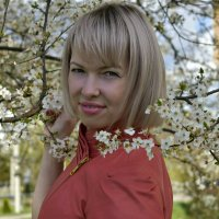 На смену пейзажу, с окутанными снегом деревьями, приходит нежная акварель весны. :: ...Настя ...