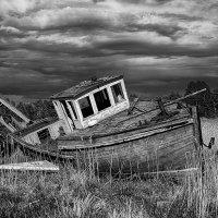 Кладбище забытых кораблей :: Юлия Утышева