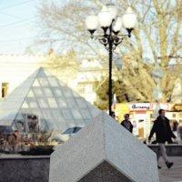 Кубопирамидальный Симферополь... :: Сергей Леонтьев