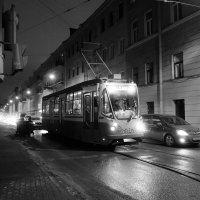 ночной трамвай :: Елена