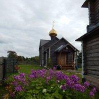 Деревенская церковь :: Светлана Z.