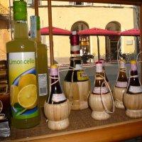 Прилавок с вином :: Galina Belugina