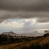 под облаками :: Константин Шабалин
