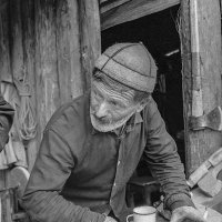 Волная Сванети. Кузнец Ягор Калдани из Цхумари. :: Игорь Олегович Кравченко