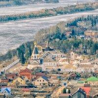 Вид на Свято-Успенский мужской монастырь. Красноярск :: Дмитрий Брошко