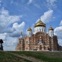 Белогорский Николаевский мужской монастырь. Крестовоздвиженский собор :: Александр Янкин