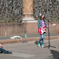 Уличный концерт :: Елена Кириллова