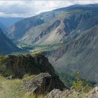 Вид на долину Чулышмана :: Валерий Михмель