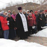 Митинг в память погибших в Кемерово. Упокой Господи души их :: victor Lion