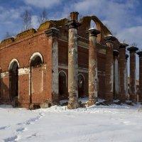 Аракчеевские казармы :: Ольга Лиманская