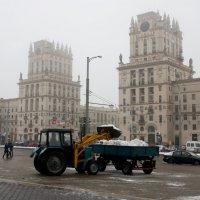 Уборка снега :: Вера Аксёнова