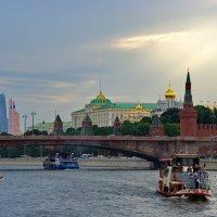 По Москве-реке :: Михаил Сипатов