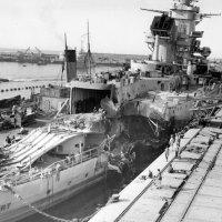 """Повреждённый линкор """"Jean Bart"""", после боя 8-10.11.1942 года. :: Александр"""