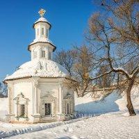 Часовня Пятницкий колодец :: Юлия Батурина